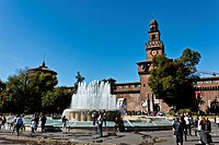 Fountain and Castello Sforzesco, Sforza Castle, built from 1450, Milan, Milano, Lombardy, Italy, Europe, PublicGround