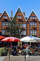 Street cafe of Kleiner Kiepenkerl restaurant on Spiekerhof square, Muenster, Muensterland, North Rhine_Westphalia, Germany, Europe, PublicGround