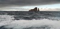 kicker rock, san cristobal island, galapagos, equador