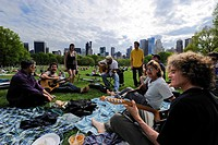 United States, New York City, Manhattan, Central Park, Sundays on the Sheep Meadow, meeting of a group of musicians friends