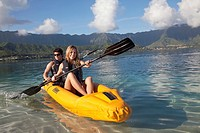 Kayaking, Kaneohe Bay, Oahu, Hawaii, USA