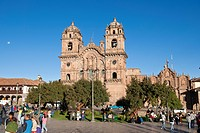 Peru, Cuzco Province, Cuzco, listed as World Heritage by UNESCO, Plaza de Armas, La Compania de Jesus Church with Baroque facade, built in 1650 on the...