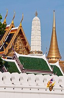Thailand, Bangkok, Ko Ratanakosin district houses the most famous sites in Bangkok, Wat Phra Kaew retail located in the Palais Royal