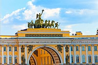 Russia, Saint Petersburg, palace square, Arch of General Army Staff Building