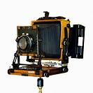 An old_fashioned large format field camera