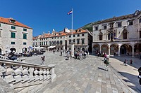 Luza Square, old town of Dubrovnik, UNESCO World Heritage Site, central Dalmatia, Dalmatia, Adriatic coast, Croatia, Europe, PublicGround
