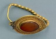 Gold and cornelian earring, Crimea. Jewellery. Gotho-Alanic Civilization, 3rd-4th Century.  Simferopol, Istoriceskij Muzej