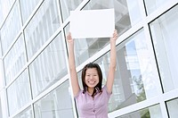 asian business woman with blank copyspace cardboard