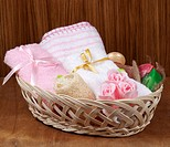 Set for the care of body in a small basket