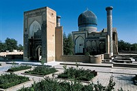 Uzbekistan, Samarkand, Gur_Emir Mausoleum with Tomb of Tamerlane