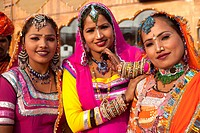 Indian dancers wearing traditional dress, guest workers from Rajasthan in Dubai, United Arab Emirates, Middle East, Asia