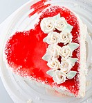 heart_shaped cake view from above