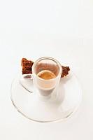 Un pezzetto di torta al cioccolato espresso and chocolate cake