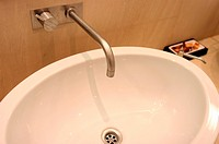 Bathroom sink (thumbnail)