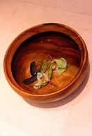 Bowl of water with flowers (thumbnail)