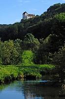 Burg Eglofstein Castle, Trubach River, Rittergasse 80b Egloffstein, Upper Franconia, Bavaria, Germany, Europe