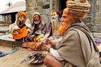Sadhus in Pashupatinath, Kathmandu, Kathmandu Valley, Nepal, Asia
