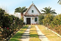 Small farmhouse typical of Valencia,La Albufera nature reserve, El Palmar, Valencia, Comunidad Valenciana, Spain