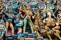 The West Gopuram entrance gateway to the temple enclosure  Sri Meenakshi Amman Temple  Madurai  Tamil Nadu  India.