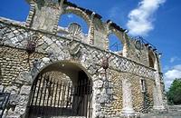 Das Theater im Kolonialen Dorf Altos de Chavon bei La Romana im Suedosten an der Karibik in der Dominikanische Republik.