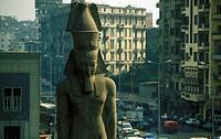 Die Ramses Statue am Ramses Square in der Innenstadt von Kairo in der Hauptstadt von Aegypten in Nordafrika.