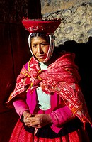 Native Quechua woman in the traditional costume Ollaytantambo Urubamba Valley Perú