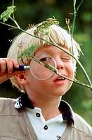 Child bug inspector