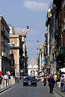 Geschaeftsstrasse Via del Corso im Zentrum der italienischen Hauptstadt Rom. Business street Via del Corso in the centre of the Italian capital Rome. ...