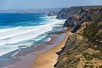 Portugal, Algarve, Sagres, View of beach with cliffs