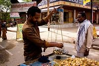 Street seller, Agra, Rajasthan, India, Asia