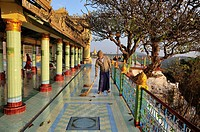 Burma, Myanmar, Mandalay, old city of Sagaing, Ponya Shin Pagoda