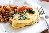Tomato, Spinach and Mozzarella Omelet with Home Fries