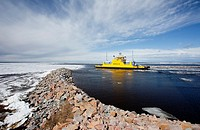 Ferryboat traveling between the Hailuoto island and Oulunsalo mainland heading to sea  Location Oulunsalo Riutunkari Baltic Sea Gulf of Bothnia Bothni...
