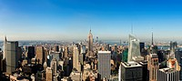 USA, New York City, Manhattan skyline with Empire State Building in Centre