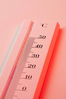 A thermometer measuring heat in Celsius