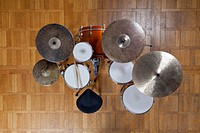 Drum kit from above (thumbnail)