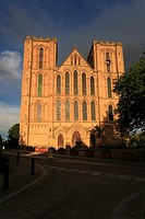 Evening sunshine on Ripon Catherdral, Ripon, North Yorkshire, England, UK