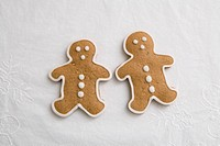 Gingerbread on white table cloth