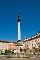 Italy, Emilia Romagna, Piacenza, Duomo town square