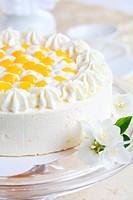 Yogurt cake with oranges