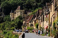 La Roque-Gageac, Dordogne, Aquitaine, France. The main street and the 19th century Ch&#226;teau de la Malartrie