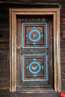Bavarian farmers painting, German: Bauernmalerei, on wooden entrance door at the Farmhouse Museum Lindberg, Bavarian Forest, Bavaria, Germany, Europe