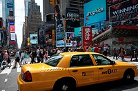 Usa, New York City, Manhattan, Times Square, Taxi