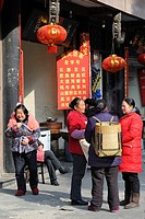 China, Sichuan, Luding, Street scene
