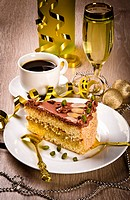 Halva cake, Kaffe and champagne