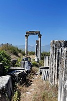 Remnants and pillars at the Temple of Aphrodite, Aphrodisias, Geyre, Karacasu, Aydin, Western Turkey, Turkey, Asia