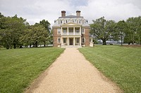 Pathway to Shirley Plantation Great House on the James River, Virginias First Plantation founded in 1613 and Americas first home_based business, first...