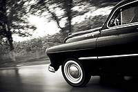 car in black and white
