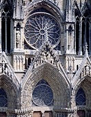 Detail of the decorative friezes on the west facade of the Cathedral of Notre-Dame (UNESCO World Heritage List, 1991), Reims. France, 13th century.