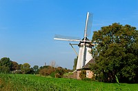 Dutch windmill in Hurwenen